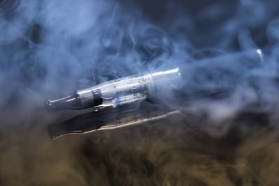 Regulate but don't ban E-cigarettes: Traders to govt