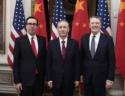 WASHINGTON, Feb. 21, 2019 (Xinhua) -- Chinese Vice Premier Liu He (C), who also comes as the special envoy of Chinese President Xi Jinping, U.S. Trade Representative Robert Lighthizer (R) and Treasury Secretary Steven Mnuchin co-chair the formal opening of a fresh round of high-level economic and trade talks at the Eisenhower Executive Office Building of the White House in Washington D.C., the United States, on Feb. 21, 2019. China and the United States on Thursday morning kicked off here a fres