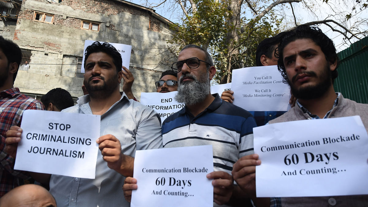 60 Days & Counting: Scribes Protest Communication Gag in Kashmir
