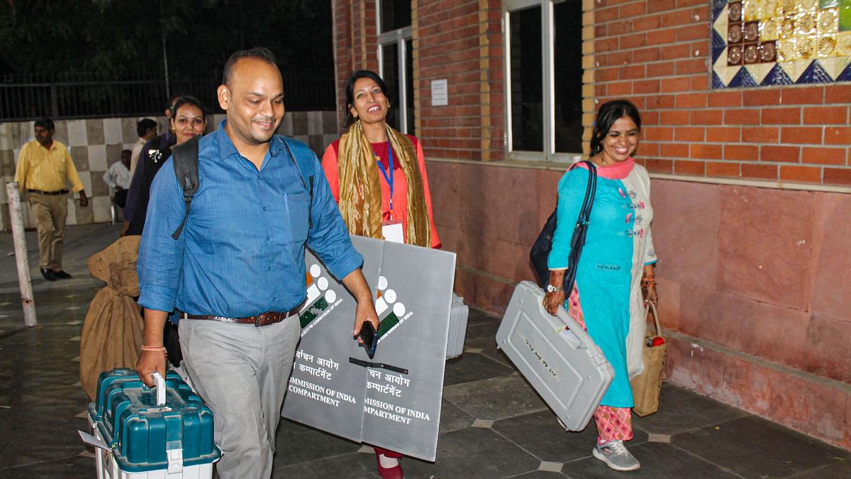 QMumbai: Fewer Women From Thane Vote in Assembly Polls & More