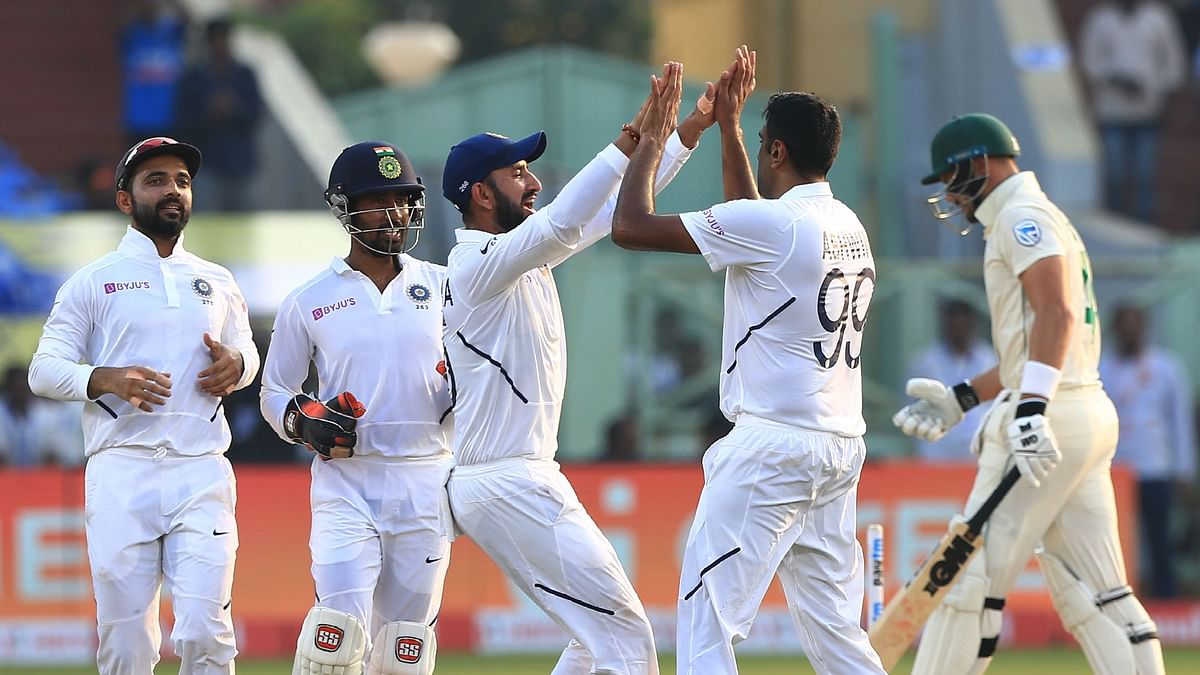 Team india players celebrate the wicket of Aiden Markram of South Africa during day 2 of the first test match.