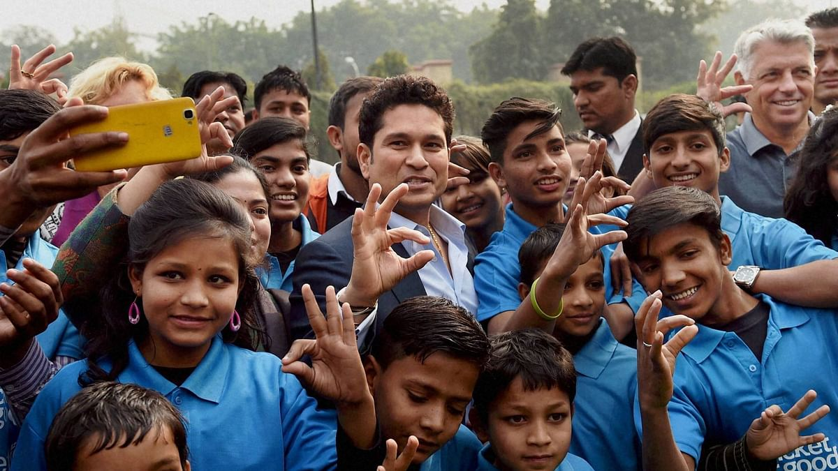 Sachin Tendulkar, Viswanathan Anand and Sania Mirza are likely to grace India's first-ever Day-Night Test.