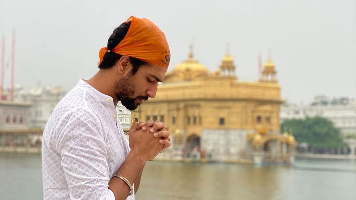 Vicky Seeks Blessings at Golden Temple Before 'Udham Singh' Shoot