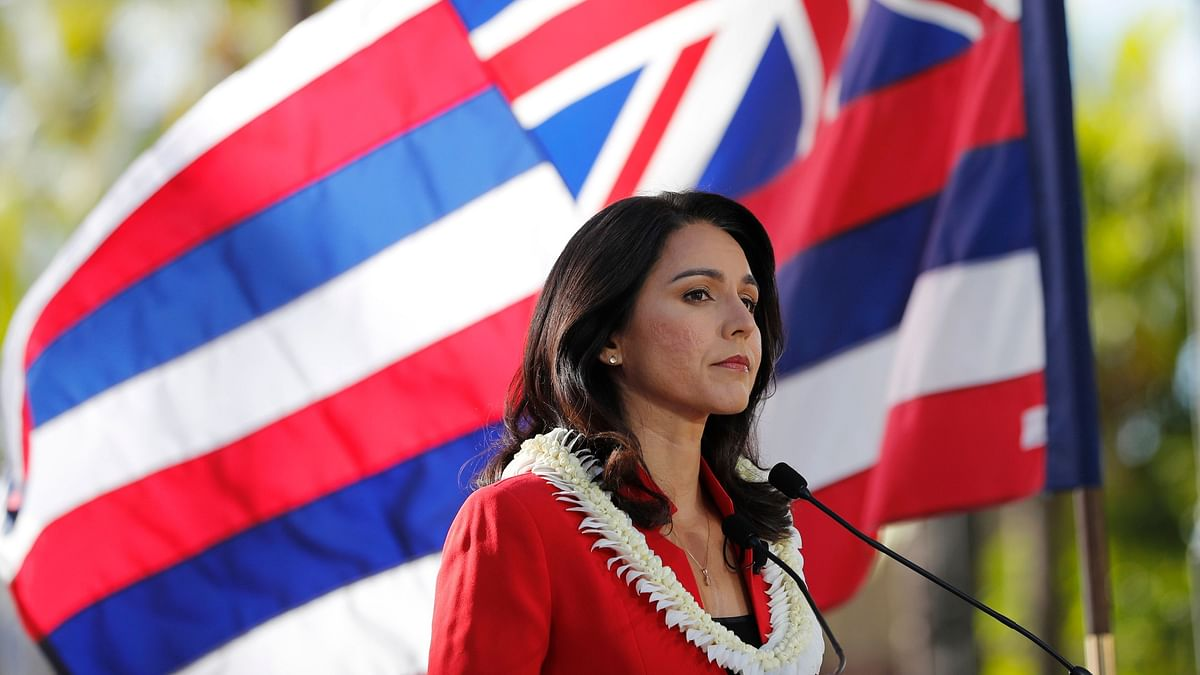 Gabbard Mocks Hillary, Calls Her 'Personification of the Rot'
