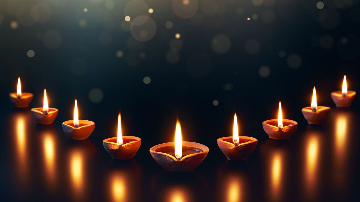 Diwali Decoration Ideas 2019 Amazing Rangoli Lighting Candles And Paper Lights For Diwali Decoration In Home Offices With Cost Effective Ideas Happy Deepawali 2019