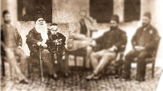 Sir Syed Ahmad Khan with his followers.