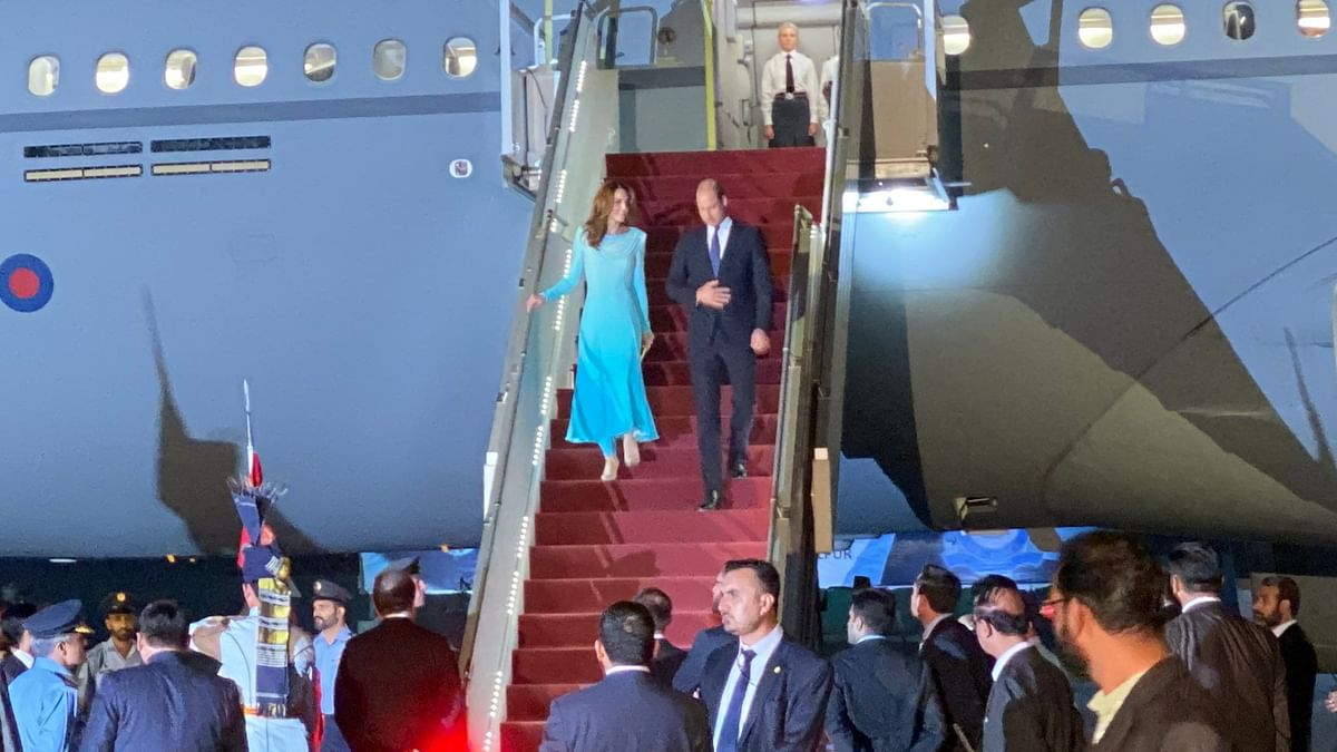William, Kate Reach Pak for 1st Royal Visit to Nation in 13 Years
