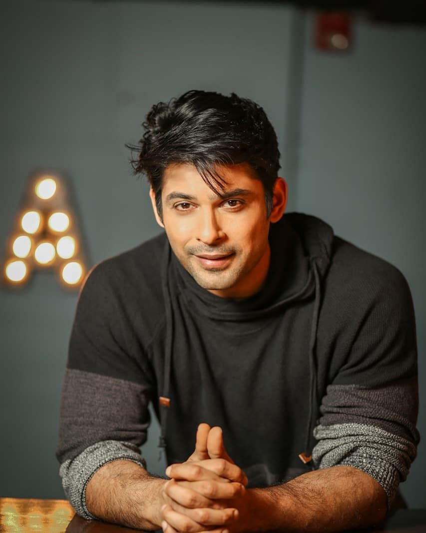 Sidharth is best known for starring in Balika Vadhu and hosting Saavdhaan India.