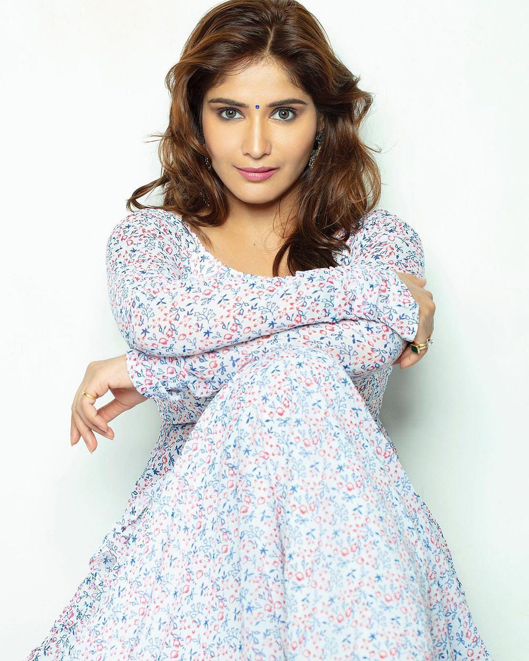 Arti Singh is the niece of Govinda.