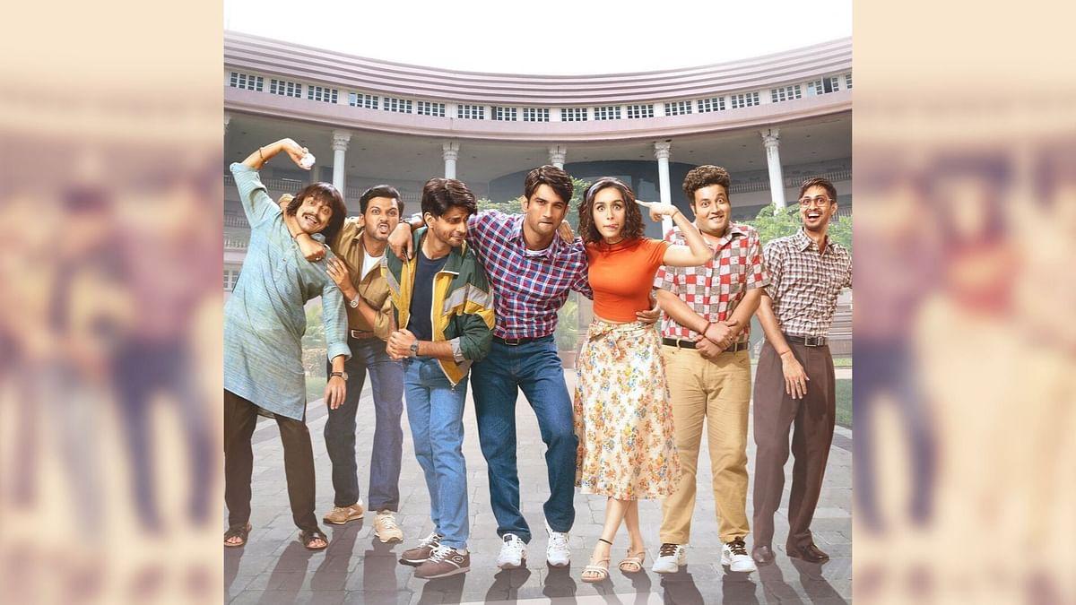 Sushant Singh Rajput, Shraddha Kapoor and the cast of <i>Chhichhore.</i>