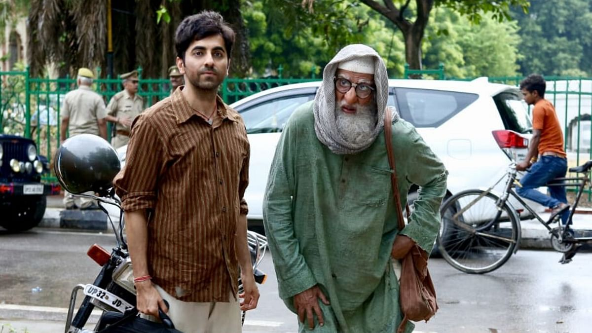 Ayushmann Khurrana and Amitabh Bachchan co-star in <i>Gulabo Sitabo.</i>