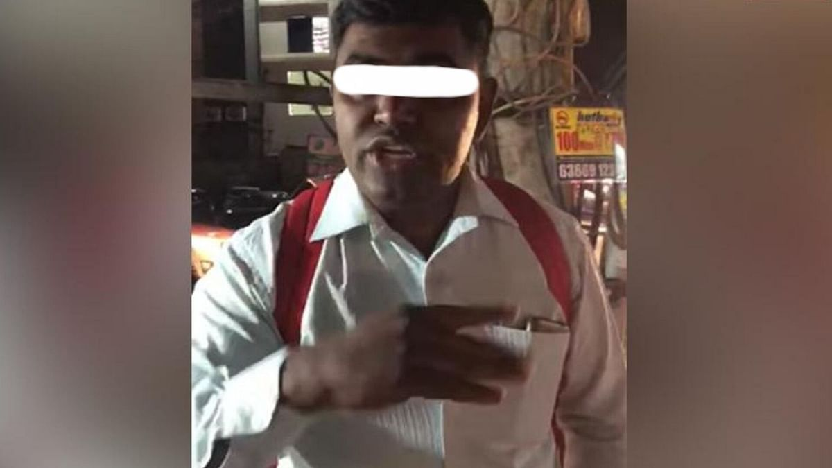 Man slut shames a girl in Bengaluru.