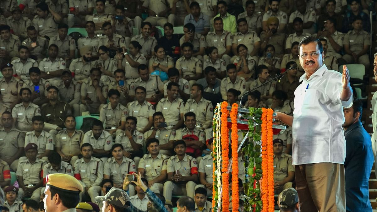 Number of Marshals in Delhi Buses to Increase to 13,000: Kejriwal