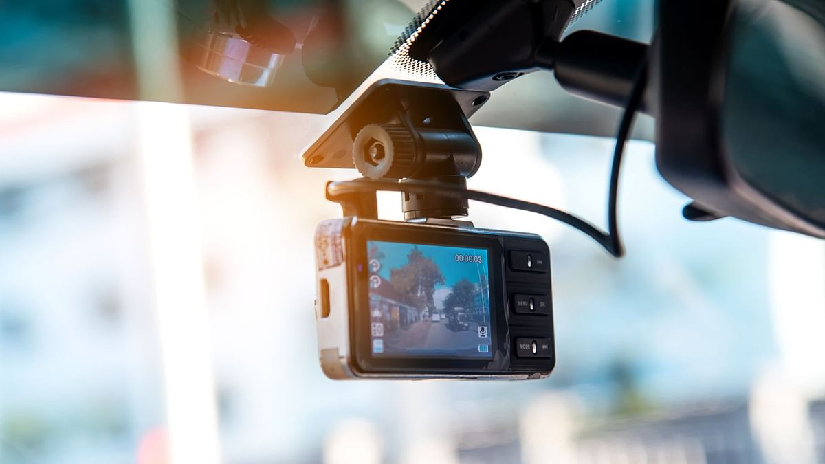 Dashboard cameras or dashcams are now a necessity with the increasing chaotic traffic conditions in Indian cities.