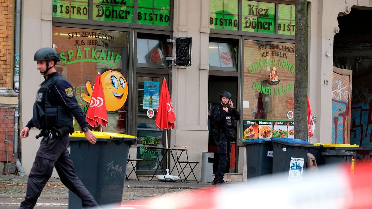 2 Dead, 1 Arrested in Live-Streamed Attack on German Synagogue
