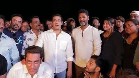 Salman Khan and Prabhudeva on the sets of <i>Dabangg 3</i>.