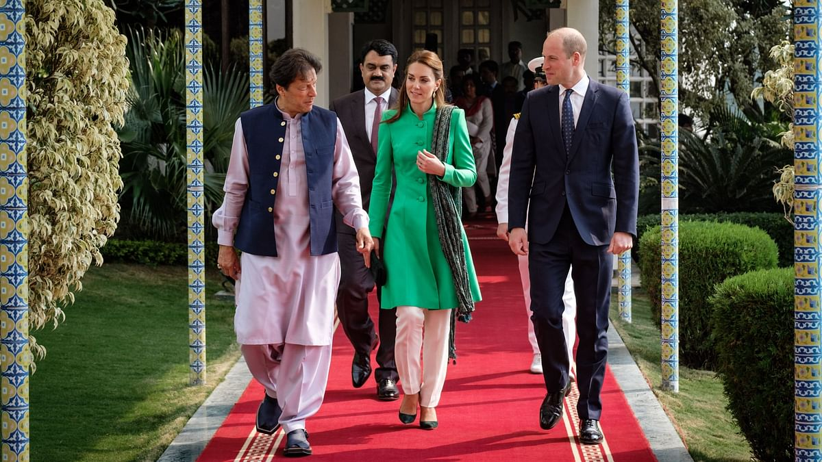 Pakistan's foreign minister said that the couple will travel across the country and meet various people.