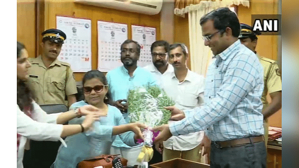 #GoodNews: 1st Visually Challenged Female IAS Officer Takes Charge