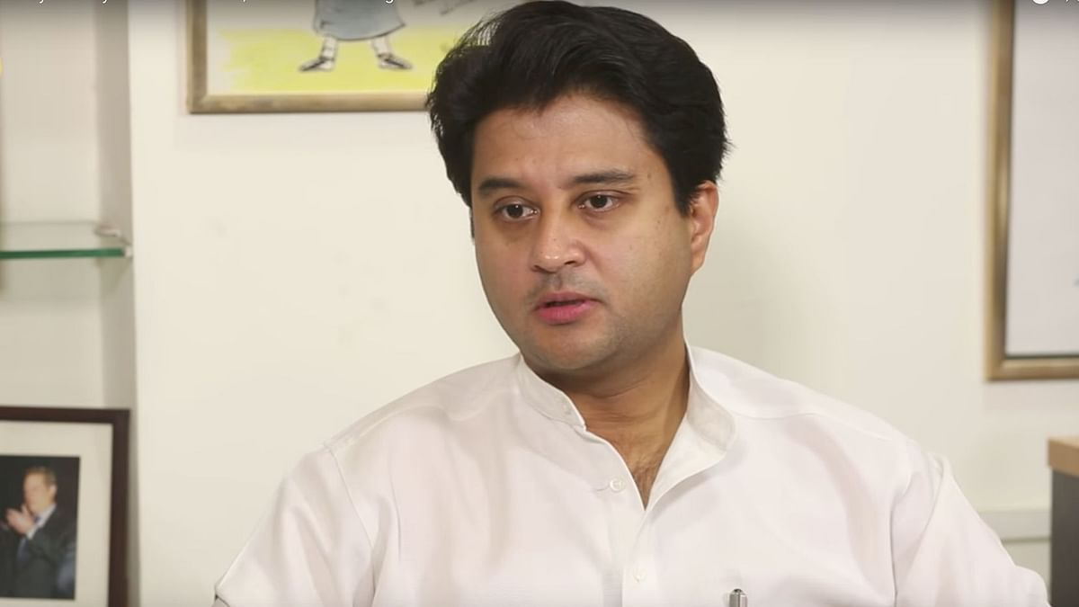 Scindia Removes Cong Mention From Twitter Bio 'To Make It Shorter'