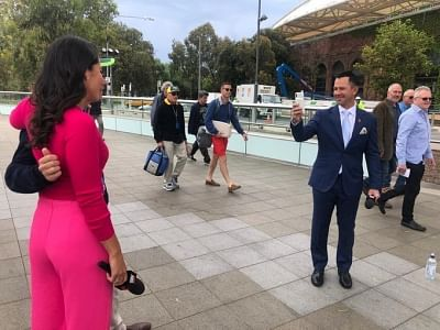 Former Australia skipper Ricky Ponting is one of the most iconic sportsperson with whom fans across the world want to have a picture.