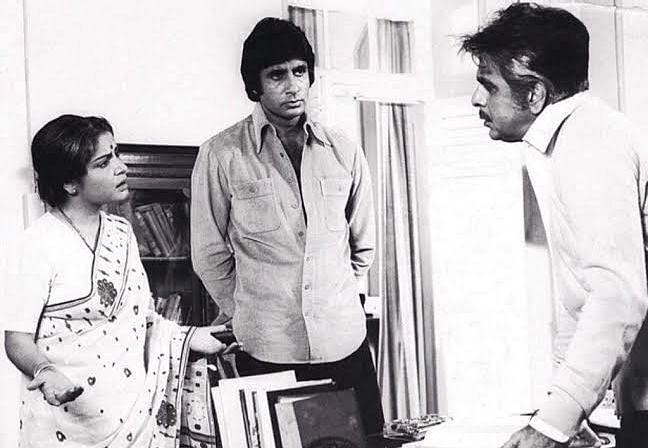 Raakhee with Amitabh Bachchan and Dilip Kumar in <i>Shakti</i>.