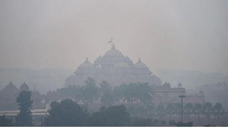 No Respite for Delhi-NCR Yet As Air Quality Remains 'Severe'