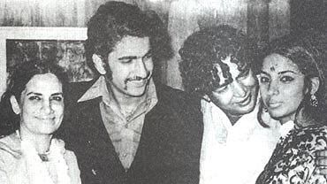 Shabana Azmi Narrates Shaukat & Kaifi Azmi's Love Story