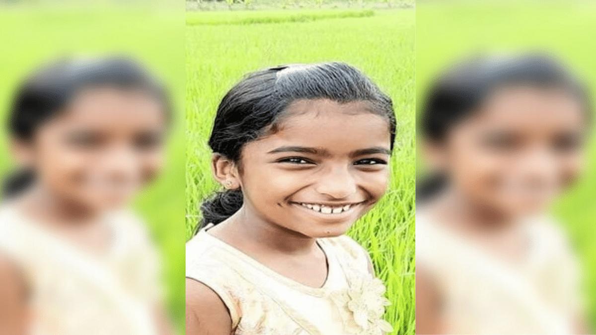 Rahul Meets Parents of Snake Bite Victim, Visits School in Kerala