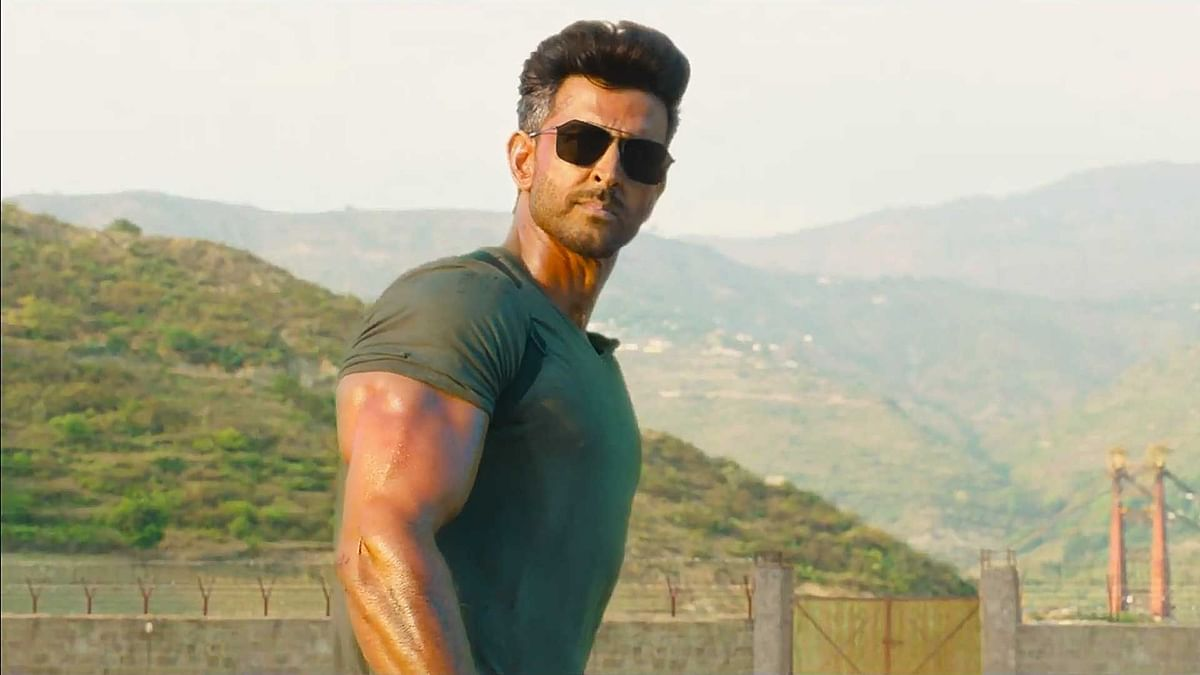 Hrithik Roshan in a still from  <i>War.</i>