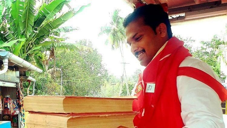 #GoodNews: Kerala MLA Asks to be Gifted Books Instead of Flowers