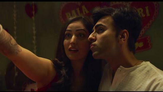 Ayushmann and Yami in a still from <i>Bala.</i>