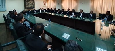 Lawyers to strike against Bajwa's extension on Thursday
