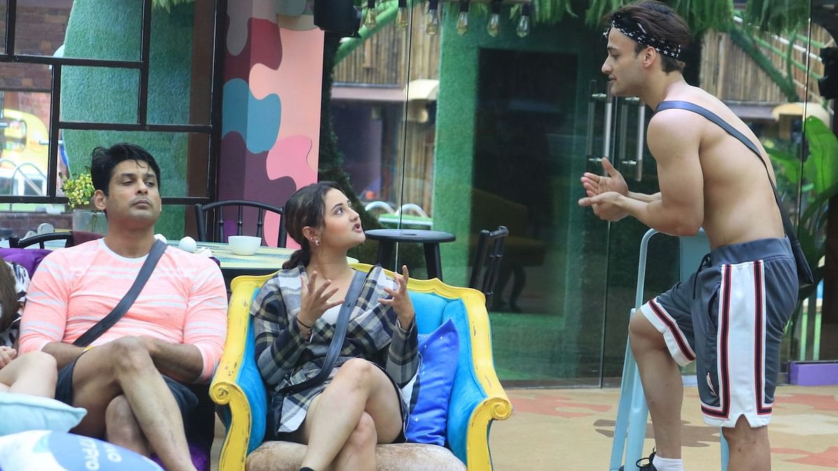 'Bigg Boss' Day 39: Reshami and Sidharth Get Into a Heated Fight