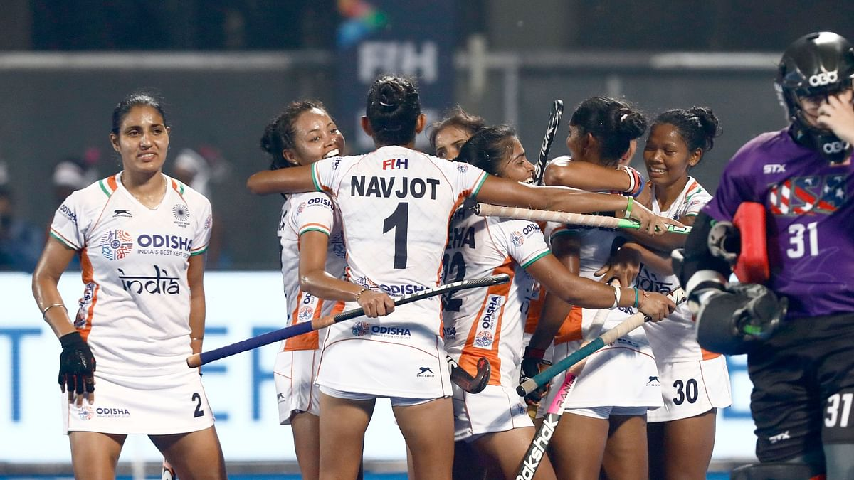 India's women's hockey team qualified to the 2020 Tokyo Olympics after a 6-5 aggregate win over the United States.