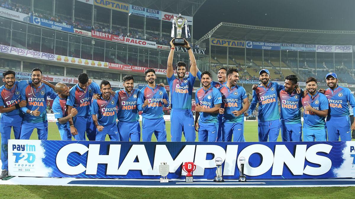 The Indian team celebrate the series win over Bangladesh after the Nagpur T20I on Sunday at the Vidarbha Cricket Association Stadium, Nagpur on the 10th November 2019.