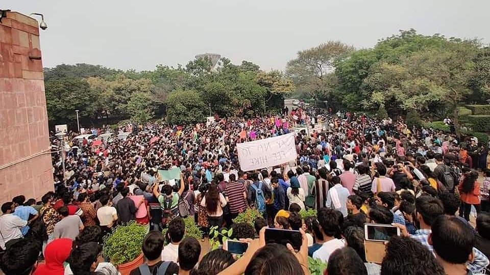 JNU Students Protest Hostel Rules, Allege College Called CRPF