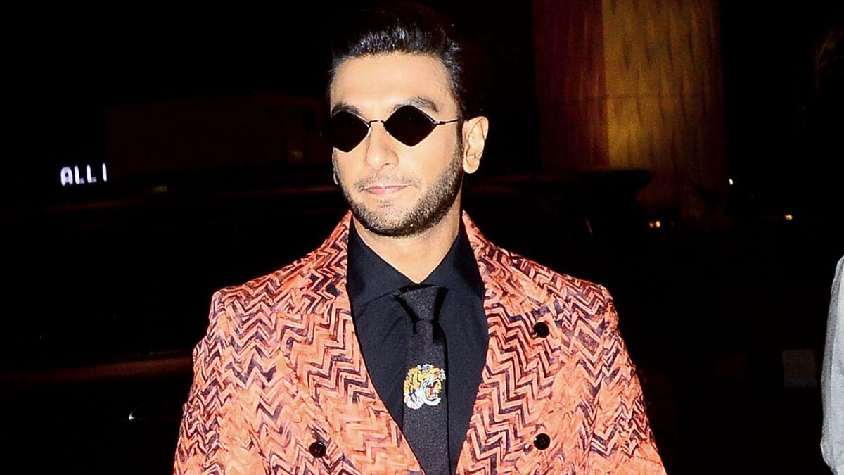 Ranveer Singh spotted enroute to Delhi.