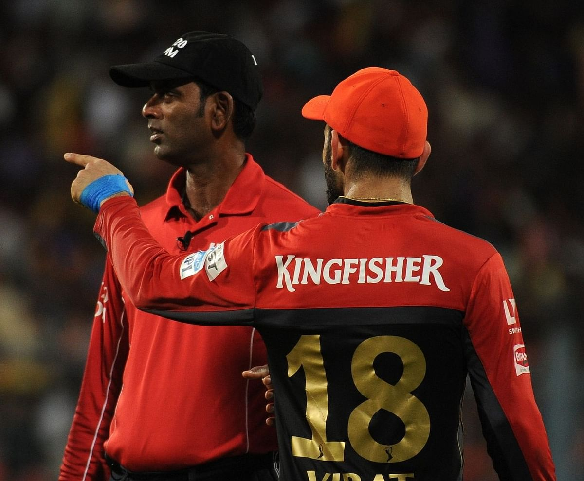 Virat Kohli had a heated conversation with Indian umpire S Ravi, who failed to spot a no-ball by Mumbai Indians' during an IPL match last season.