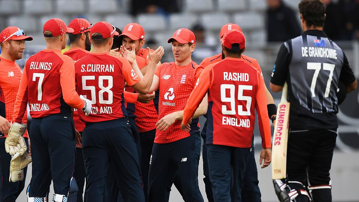 England beat New Zealand in a thrilling Super Over finish to their rain-reduced Twenty20 cricket international Sunday.