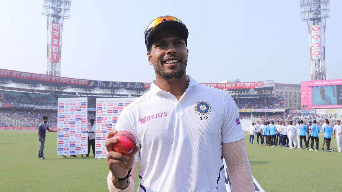 Umesh Yadav with the pink ball at the Eden Gardens.