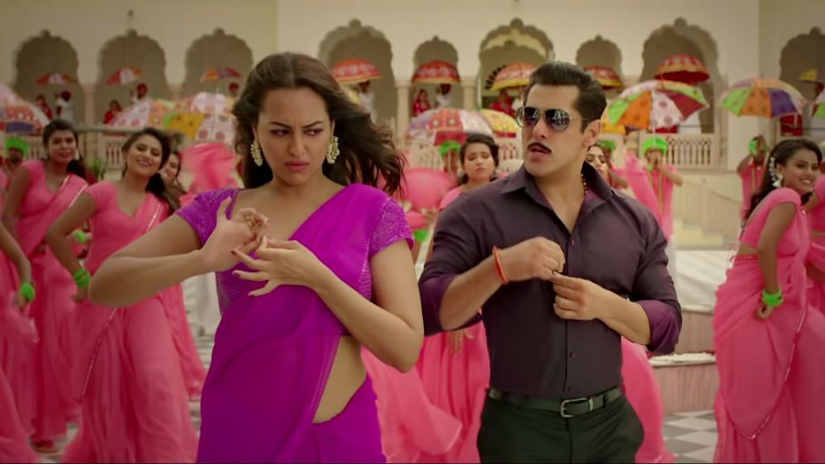 Sonakshi Sinha and Salman Khan in <i>Dabangg 3.</i>