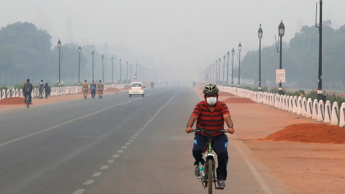 'Clean Air Is a Basic Right': Twitter Reacts as Smog Engulfs Delhi