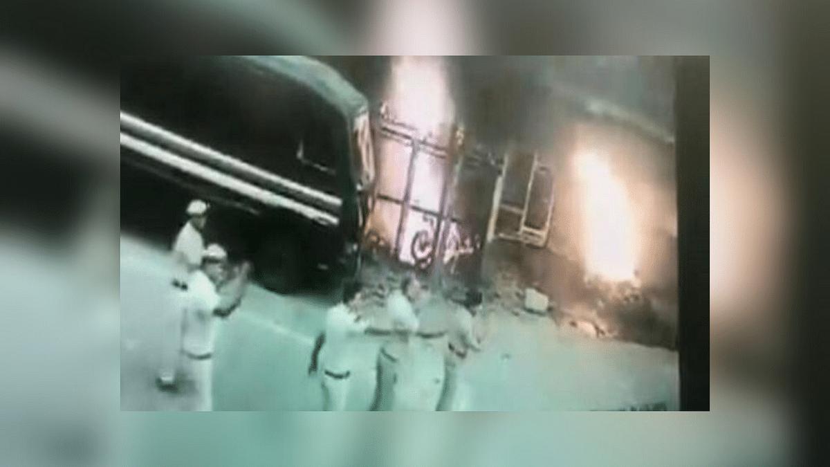 Tis Hazari Clash: New Video of Vehicle Being Set Ablaze Emerges