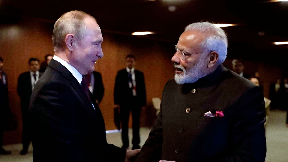 Russia Plans to Deliver S-400 Missile Systems to India on Schedule