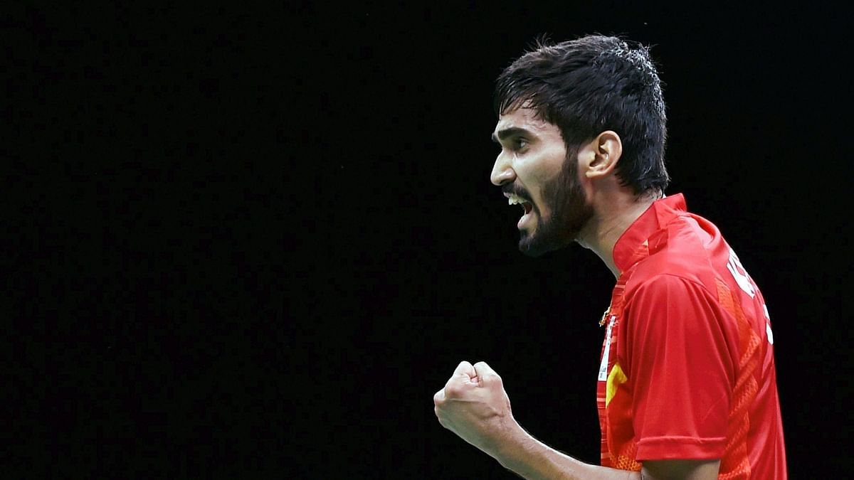 Kidamdi Srikanth has entered the semi-finals of the Hong Kong Open.