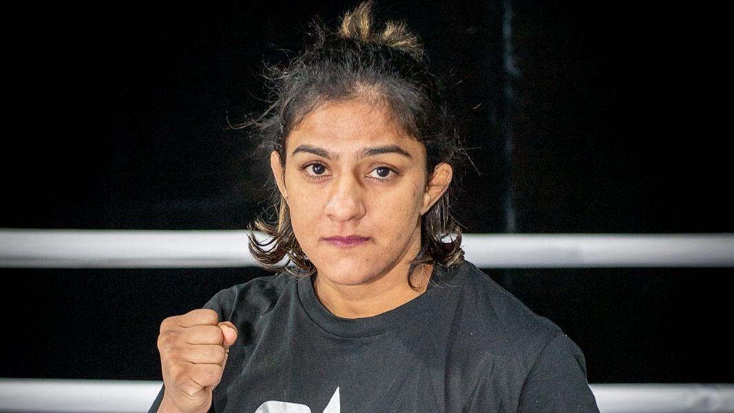 Ritu Phogat Wins Her MMA Debut