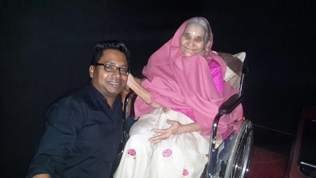 Pushpa Joshi with <i>Raid</i> director Raj Kumar Gupta.