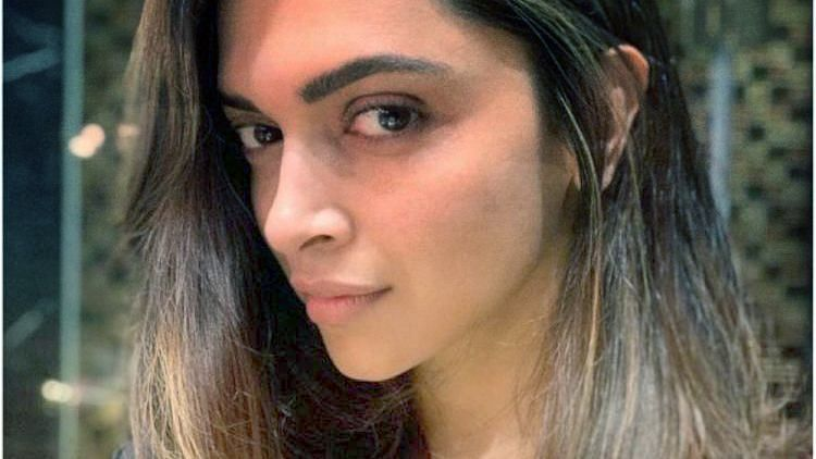 Deepika Gets a Snazzy New Haircut, Husband Ranveer Swoons