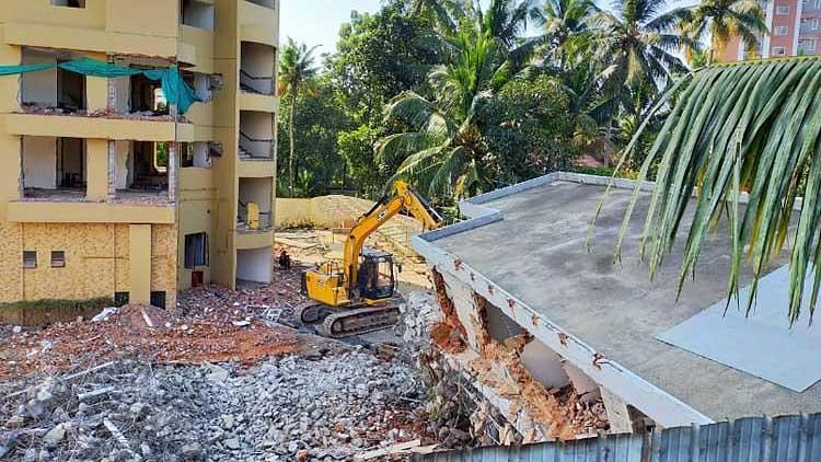 Explosives to Be Brought by 29 Dec for Maradu Buildings Demolition