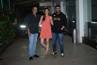 Mumbai: Filmmaker Ashutosh Gowarikar and actors Arjun Kapoor and Kriti Sanon seen at a recording studio in Mumbai